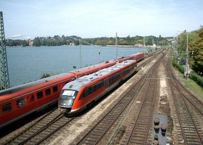 Züge am Bodensee.